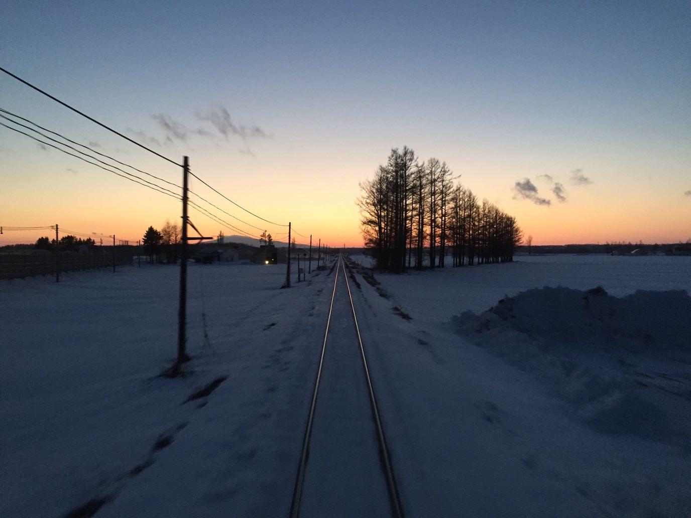 根室からオホーツク海の朝焼けを眺めつつ小樽まで2日間かけて移動!【日本一周鉄道旅行記その12】