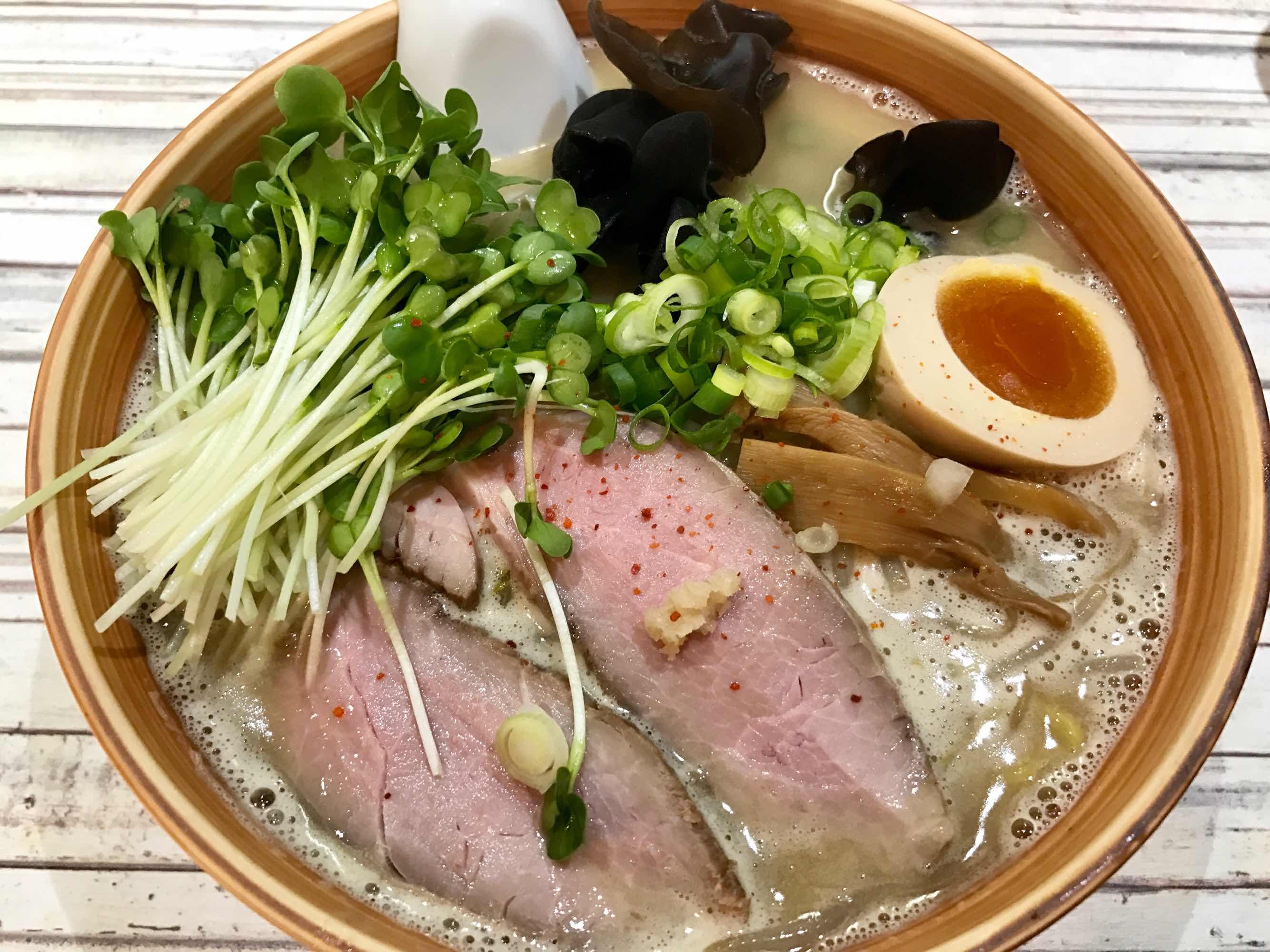 奈良に移転したラーメン春友流でまろやかな味噌ラーメンを食する!念願かなって大満足!!