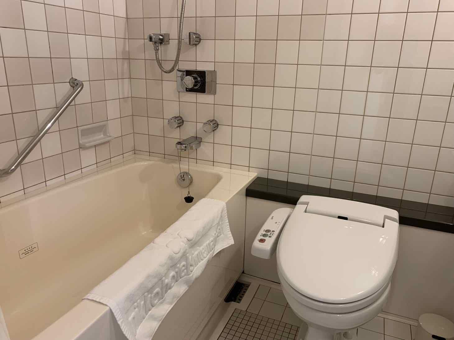 ホテル日航高知 浴室
